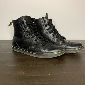 DR MARTENS Leyton leather casual boots